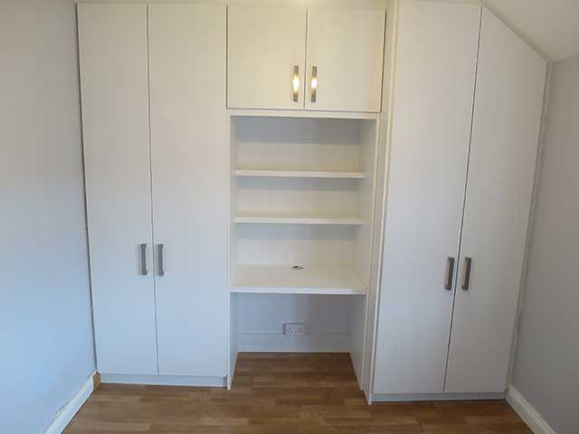 Fitted wardrobe and study desk